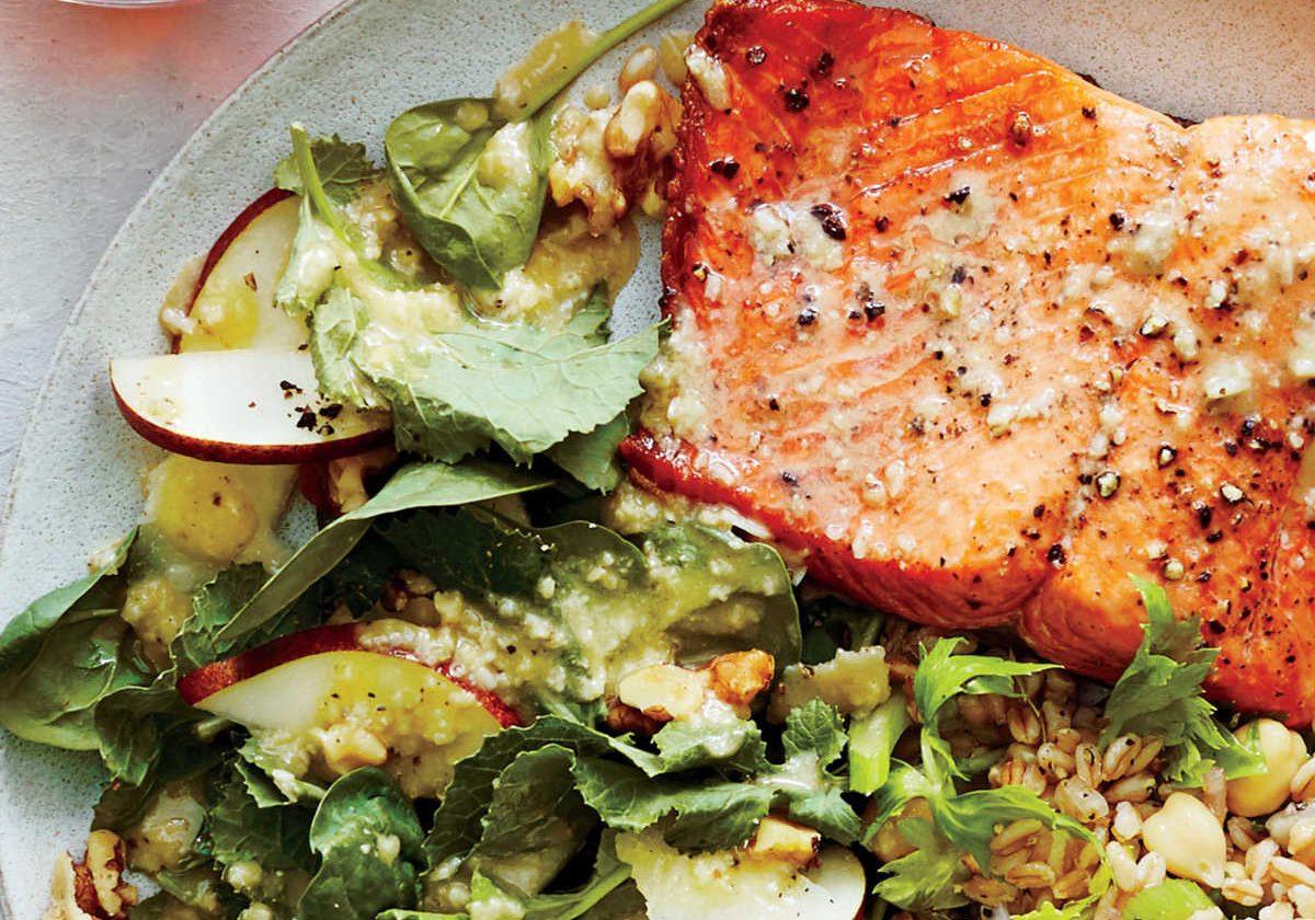 1611p182-pan-seared-salmon-pear-walnut-spinach-salad_0